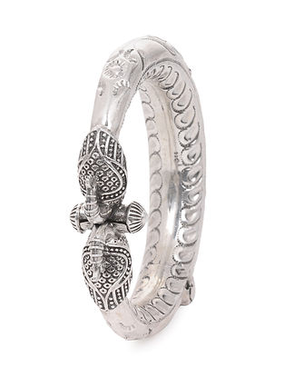 Hinged Opening Tribal Silver Bangle (Bangle Size -2/8)