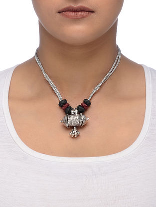 Black-Maroon Thread Tribal Silver Necklace