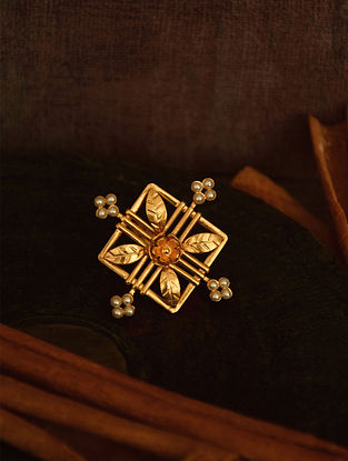 Classic Gold Tone Adjustable Ring with Pearls