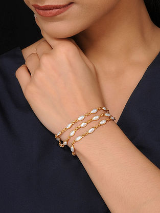 Gold Tone Silver Bracelet With Pearls