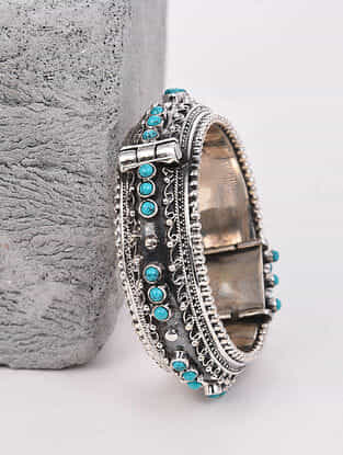 Tribal Silver Hinged Bangle with Turquoise (Hinged Bangle Size: 2/2)