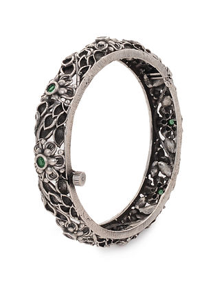 Green Tribal Silver Tone Brass Hinged Bangle (Bangle Size: 2/4)