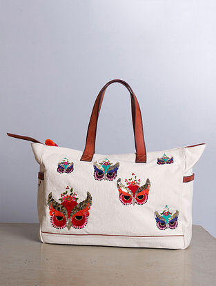 Cream Hand-Embroidered Canvas Handbag with Sequins Embellishments