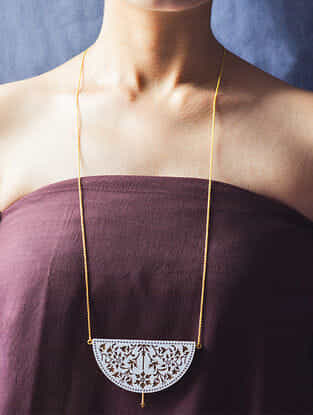 Ivory-Brown Gold-plated Brass Necklace