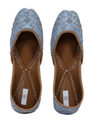 Powder Blue-Silver Handcrafted Embroidered Cotton Silk Juttis