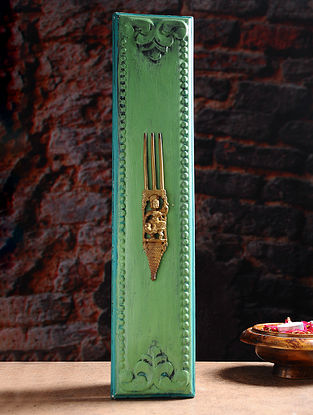 Vintage Inspired Brass Comb Wall Accent (19in x 4in)