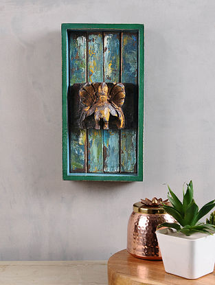 Vintage Inspired Wood Wall Accent (13.5in x 7in)