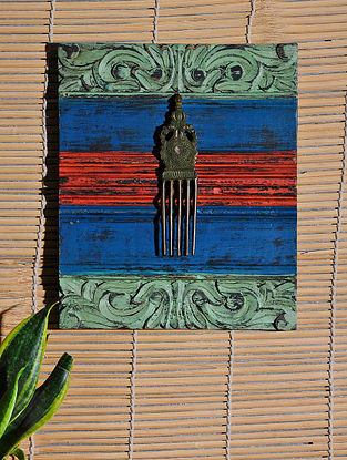 Vintage Inspired Brass Comb Wall Accent (12in x 10in)
