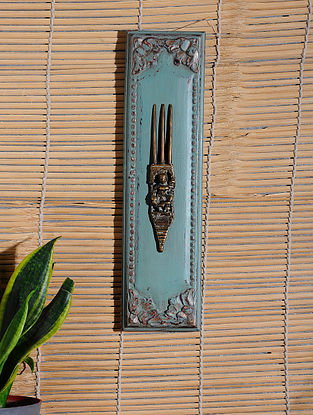 Vintage Inspired Brass Comb Wall Accent (15.2in x 4in)