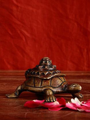 Brass Tortoise Box (L- 4in, W- 2.5in, H- 2in)