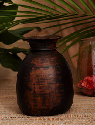 Vintage Inspired Wooden Pot (Dia- 7in X H- 9.5in)