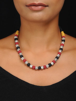 Red-Black Thread Silver Necklace
