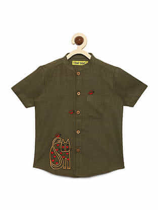 Butterfly and Cat Olive Cotton Shirt with Mexican-inspired Embroidery