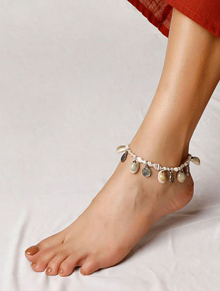 White Silver Tone Handcrafted Shells Anklet