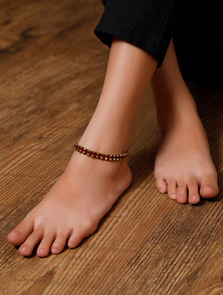 Maroon Gold Tone Handcrafted Anklets (Set of 2)