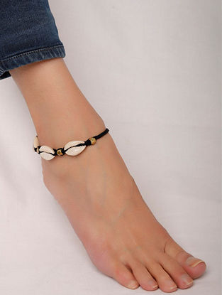 Black White Silver Tone Handcrafted Anklet with Shells