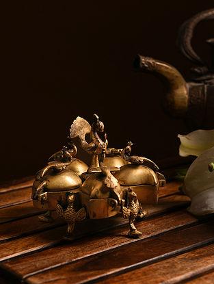 Brass Sindoor Tika Box (L- 4.2in, W- 4.2in, H- 3.6in)