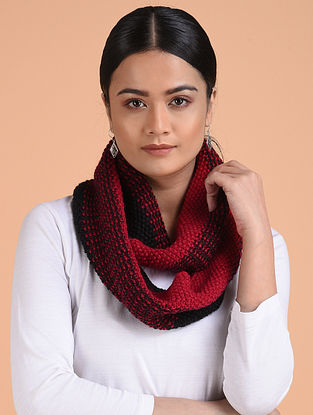 Black-Red Hand Knitted Wool Cowl