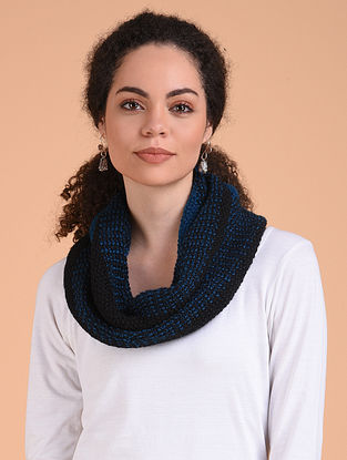 Black-Blue Hand Knitted Wool Cowl