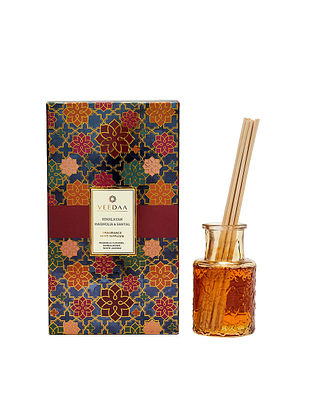 Himalayan Magnolia and Santal Champagne Glass Fragrance Reed Diffuser (350 gms)
