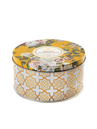 Marsala Geranium and Musk 3 Wick Tin Scented Candle (Dia: 4.5in, H:2.3)