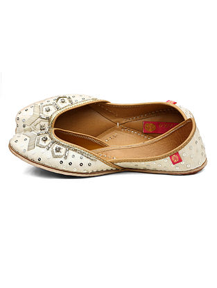 White Zari Embroidered Dupion Silk and Leather Juttis