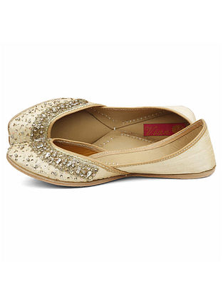 Cream Embroidered Dupion Silk and Leather Juttis