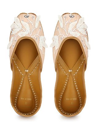 Peach White Embellished Dupion Silk and Leather Juttis