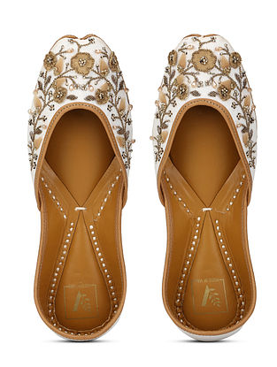 White Gold Embellished Crepe and Leather Juttis with Beads