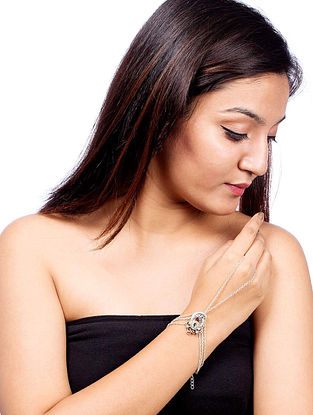 White Dual Tone Brass Bracelet with Paisley Design