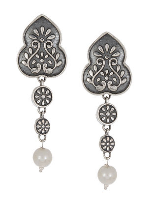 Tribal Silver Earrings with Pearl