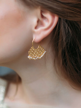 Ripple of Love Gold-plated Brass Earrings with Pearls