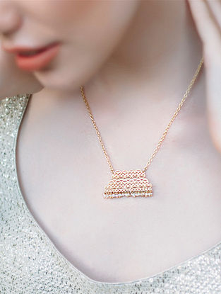 Mandarin Song Gold-plated Brass Necklace with Pearls