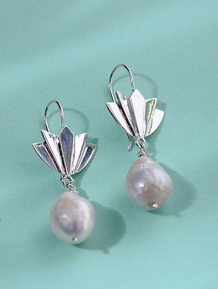 Classic Silver Earrings with Baroque Pearl