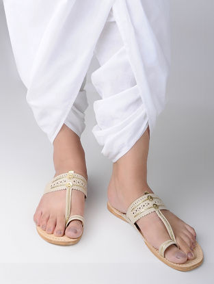 Cream Handcrafted Leather Kohlapuri Flats