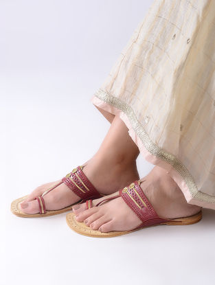 Maroon-Beige Handcrafted Leather Kolhapuri Flats