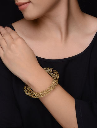 Classic Gold-plated Bangle with Filigree Work (Bangle Size -2/4 )