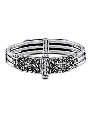 Hinged Opening Tribal Sterling Silver Bangle (Bangle Size -2/6)