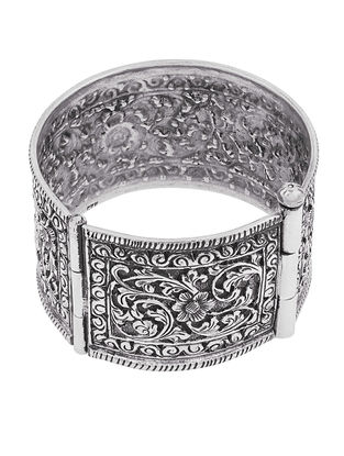 Hinged Opening Tribal Sterling Silver Bangle with Floral Motif (Bangle Size -2/4)