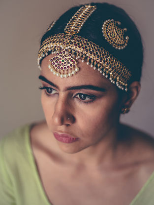 Red-Green Gold-plated Silver Mathapatti with Pearls
