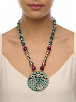 Green-Burgandy Carved Onyx Necklace