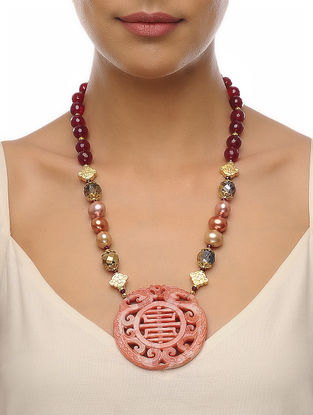 Maroon-Peach Carved Onyx Necklace