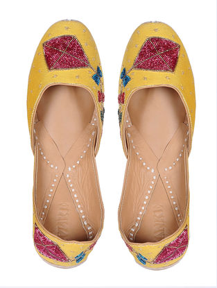 Yellow Hand-Embroidered Cotton Silk Juttis