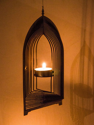 Rumi Handcrafted Brass Tea Light Holder (L:8.2in, W:4.7in, H:0.02in)