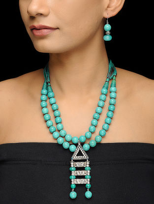 Turquoise Beaded Thread Silver Necklace with a Pair of Earrings (Set of 2)