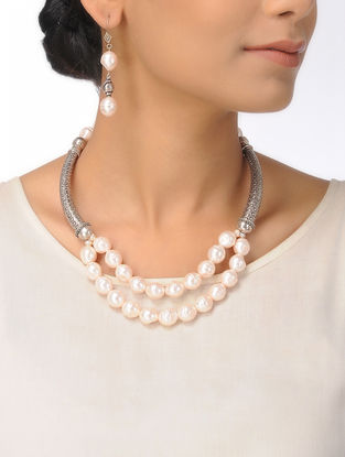 Pearl Beaded Silver Necklace with a Pair of Earrings (Set of 2)