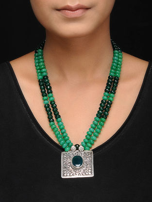 Green Onyx and Agate Silver Necklace with Chitari Work