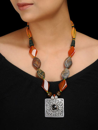 Agate Beaded Silver Necklace with Chitari Work