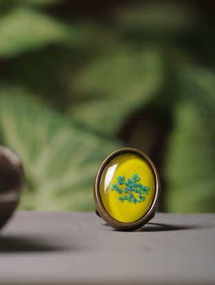 Yellow Enameled Sundried Babys Breath Brass Alloy Adjustable Ring