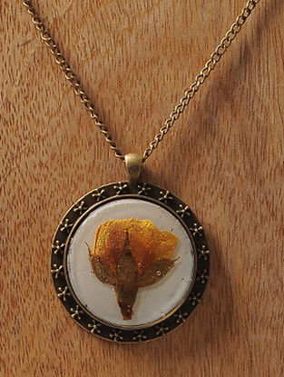 White Enameled Sundried Rose Brass Alloy Necklace